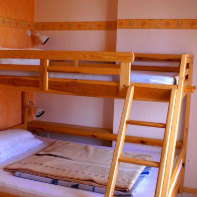 Schlafzimmer 2 mit Etagenbett Erdgeschoss Ferienhaus Casa Viva