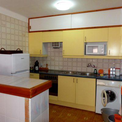Einbauküche von Ferienhaus La Ventura, mit Waschmaschine