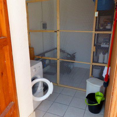 Trastero mit Waschmaschine